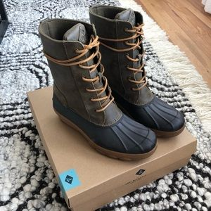 Sperry Saltwater Wedge Boot in Olive - 9.5